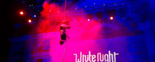 White Night – Circus
